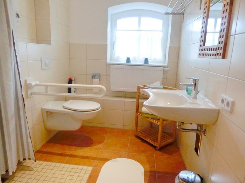 ferienwohnung hagebutte sonnenlandhof. Black Bedroom Furniture Sets. Home Design Ideas